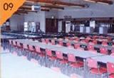 食堂(300人収容)